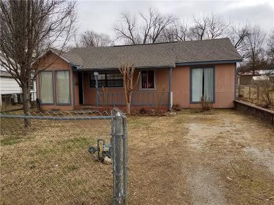 Rogers Single Family Home For Sale: 707 S 7th ST