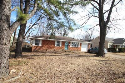 Bentonville Single Family Home For Sale: 205 SW F ST