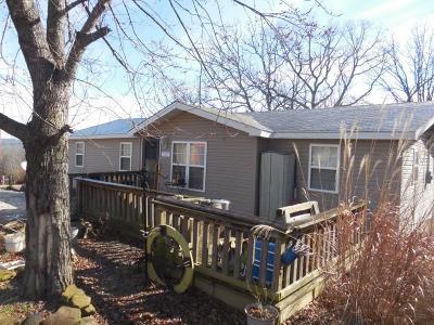 Fayetteville Single Family Home For Sale: 285 Sulphur City RD