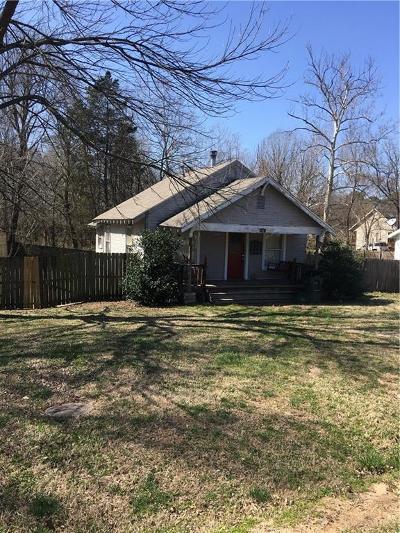 Fayetteville Single Family Home For Sale: 1011 Baldwin Avenue