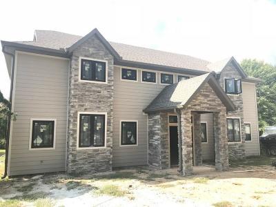 Bentonville Single Family Home For Sale: 508 SW O ST