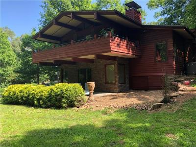 Fayetteville Single Family Home For Sale: 185 Hartman AVE