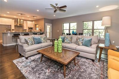 Fayetteville Single Family Home For Sale: 1524 N Desoto PL