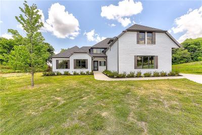 Rogers Single Family Home For Sale: 3 S Castle Oaks CT