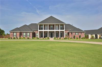 Cave Springs Single Family Home For Sale: 1701 Park Ridge