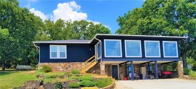 Garfield Single Family Home For Sale: 16621 Weston RD Unit #w/ 2 Houses #w/ 2 Hou