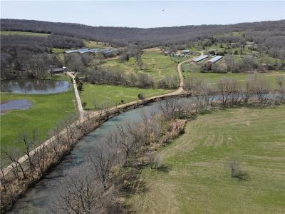 Fayetteville Farm For Sale: 10705 S Harris RD
