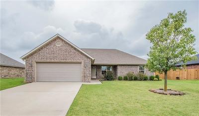 Prairie Grove Single Family Home For Sale: 1670 Citation LN