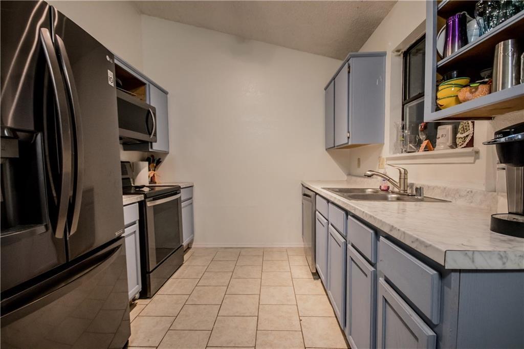 Listing: 2310 S 17th PL, Rogers, AR.  MLS# 1088975   Kaufmann Realty    Northwest Arkansas Real Estate   479 855 0909