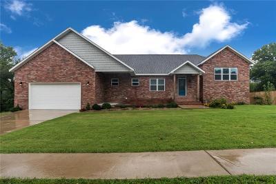 Pea Ridge Single Family Home For Sale: 304 Grace