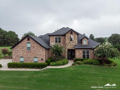 Fayetteville Single Family Home For Sale: 2746 Hidden Springs DR