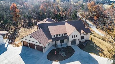 Fayetteville Single Family Home For Sale: 5645 Saddleridge DR