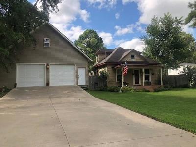 Bentonville Single Family Home For Sale: 802 NE 2nd ST