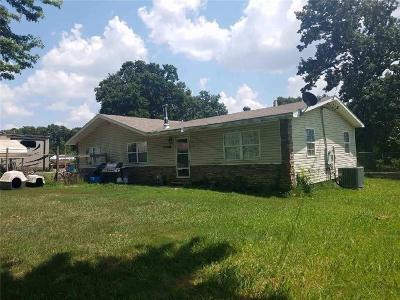 Gravette Single Family Home For Sale: 22389 Highway 72