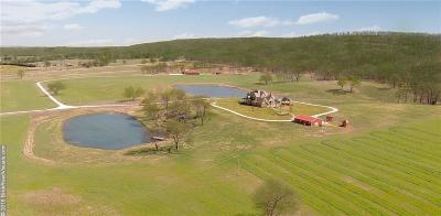 Prairie Grove Single Family Home For Sale: 14610 Greasy Valley (CR 8) RD