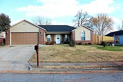 Rogers Single Family Home For Sale: 1007 F ST