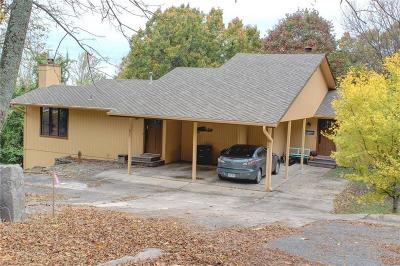 Fayetteville Multi Family Home For Sale: 931 & 933 N Oak DR