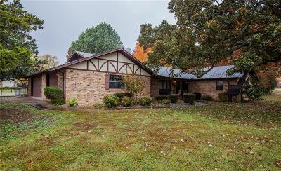 Rogers Single Family Home For Sale: 606 Valley West DR