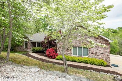 Rogers Single Family Home For Sale: 9257 Pikes Peaks RD