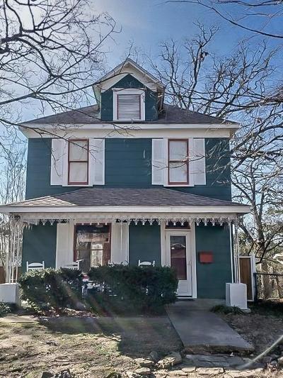 Eureka Springs Single Family Home For Sale: 42 Ridgeway AVE