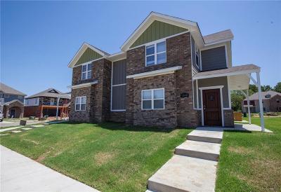 Fayetteville Multi Family Home For Sale: 1340 & 1342 N Sicily