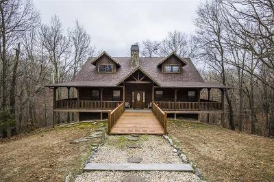 Benton County Single Family Home For Sale: 22365 Log Cabin DR