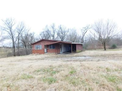 Pea Ridge Single Family Home For Sale: 14541 It'll Do RD