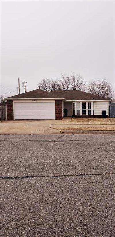 Benton County Single Family Home For Sale: 2201 Chanel ST
