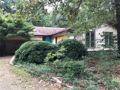 Gravette Single Family Home For Sale: 106 NE Red Fox RD