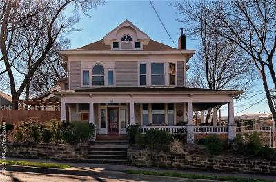 Fayetteville Single Family Home For Sale: 321 W Center ST