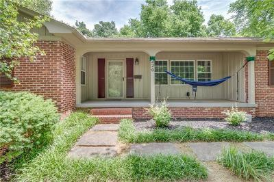 Fayetteville Single Family Home For Sale: 220 Olive AVE