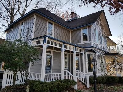 Bentonville Single Family Home For Sale: 101 NE 5th ST