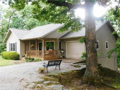 Eureka Springs, Rogers, Lowell Single Family Home For Sale: 1722 CR 102