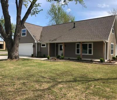 Gravette Single Family Home For Sale: 505 SE Charlotte ST