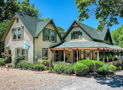 Eureka Springs Single Family Home For Sale: 5 Summit ST