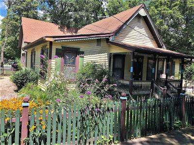Eureka Springs Single Family Home For Sale: 110 Wall ST