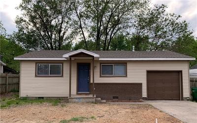 Springdale AR Single Family Home For Sale: $114,000
