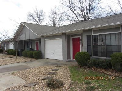 Benton County Multi Family Home For Sale: 1105 - 1115 25th PL