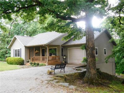 Eureka Springs Single Family Home For Sale: 1722 CR 102