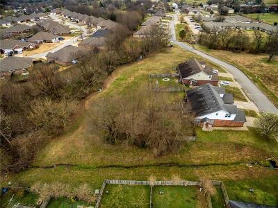 Washington County Multi Family Home For Sale: 96 W Rainsong ST