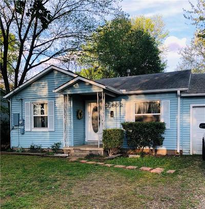 Bentonville Single Family Home For Sale: 802 B ST