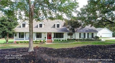 Fayetteville Single Family Home For Sale: 2756 NE Rivercrest RD