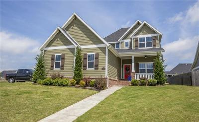 Cave Springs Single Family Home For Sale: 1000 Westminster