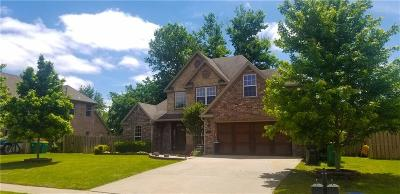 Bentonville Single Family Home For Sale: 1440 Partridge Run
