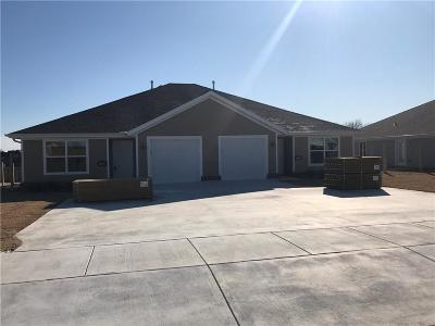 Siloam Springs Multi Family Home For Sale: 23099 A&B Christopher DR