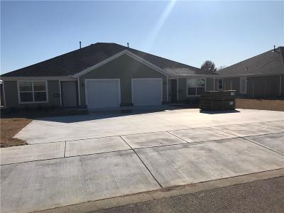 Siloam Springs Multi Family Home For Sale: 23087 A&B Christopher DR