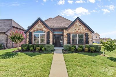 Bentonville Single Family Home For Sale: 3211 SW Stonepoint AVE