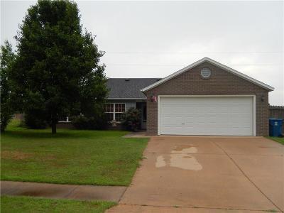 Gravette Single Family Home For Sale: 904 SW Bradford ST