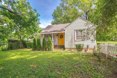 Cave Springs Single Family Home For Sale: 534 S Main ST