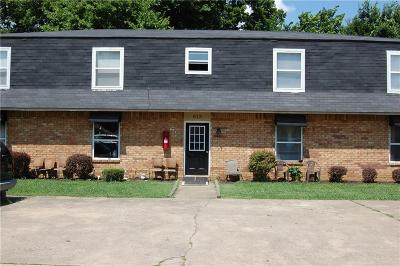 Fayetteville Multi Family Home For Sale: 613 Betty Jo DR